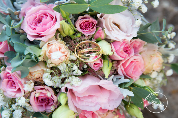 Hochzeit, Standesamt, Kirche, Brautpaar, Fotos, Bilder, Shooting, Esslingen, Göppingen, Kirchheim, Nürtingen, Stuttgart